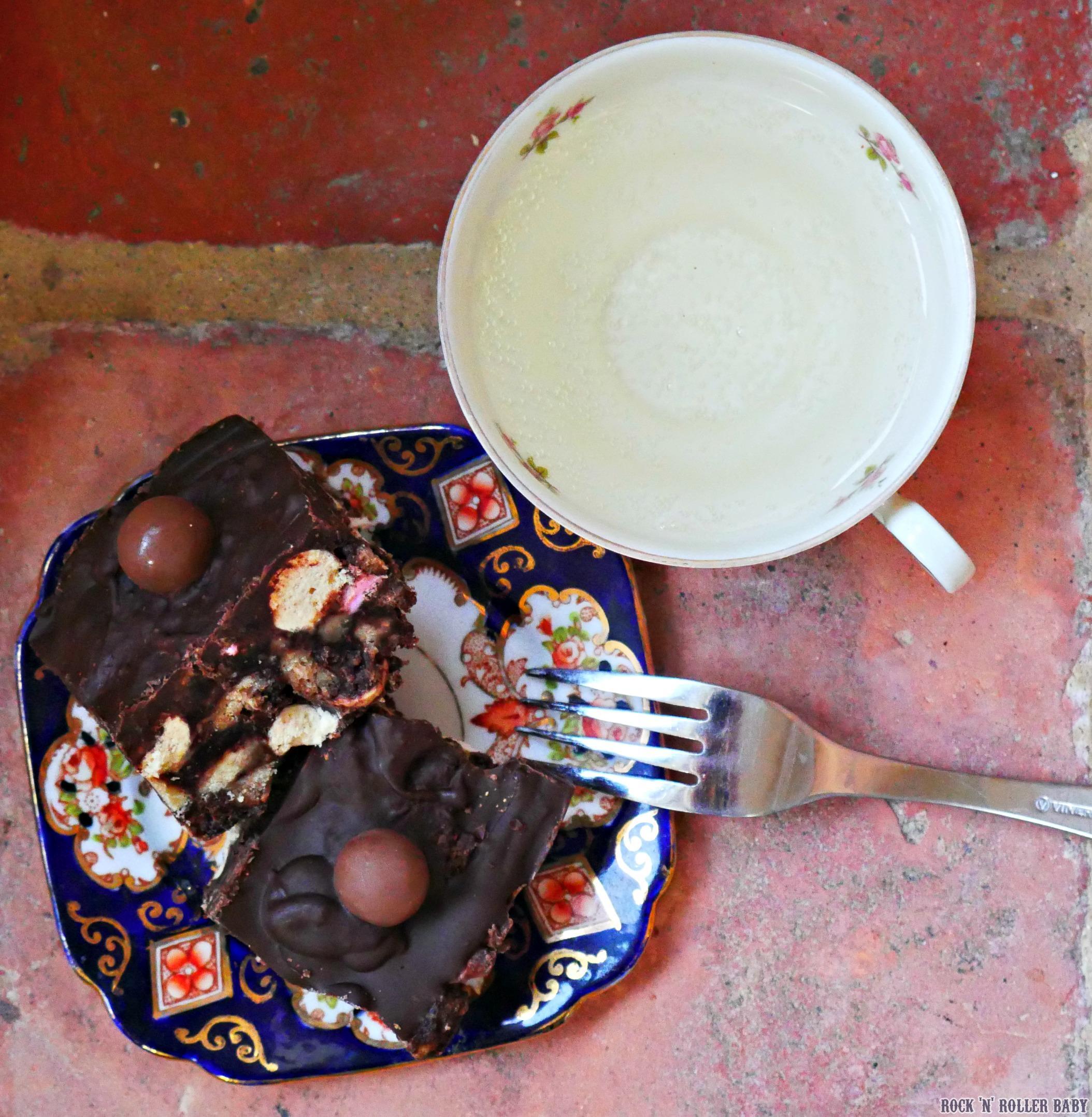Chocolate Malteser Tiffin Cake