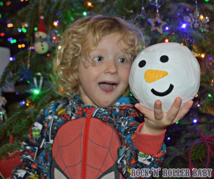 Snowman pass the parcel - £4!